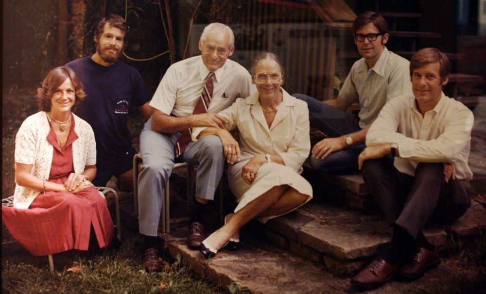 Ikuti Kisah Sam Walton Pengasas Walmart, Gedung Beli Belah Terbesar Dunia 7