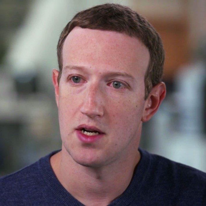 Mark Zuckerberg menyatakan sokongan keluarga beliau terhadap minatnya membantu menjadikanya seorang bilionaire selain daripada kemakmuran yang dikecapi negara Amerika Syarikat