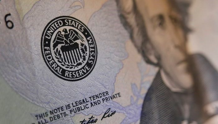 Bank Pusat Global Terpaksa Memotong Kadar Faedah 3